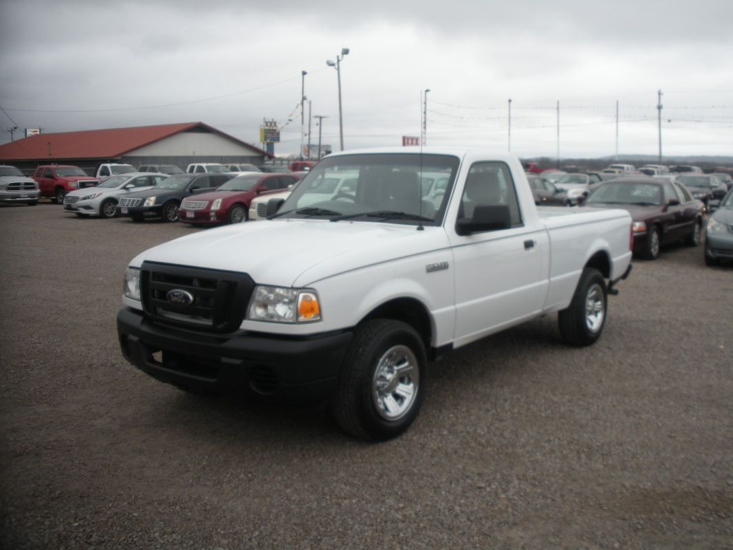 N731 2011 ford ranger white 4cyl at ps pb ac 7 950 00